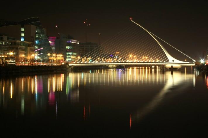 Dublin_Samuel_Beckett_Bridge.jpg