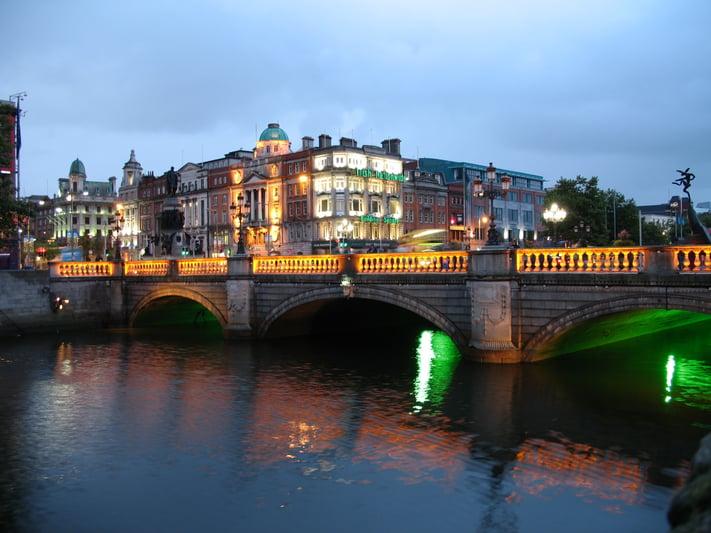 Ireland_Dublin_Night.jpg