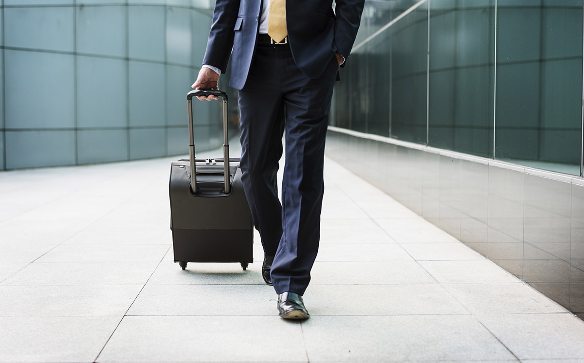 5 ways for CFOs to reduce business travel costs